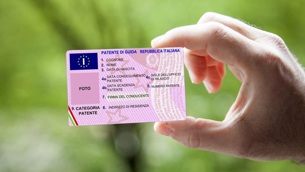 Informazioni utili su scadenze auto/patenti in proroga per l'emergenza Covid-19